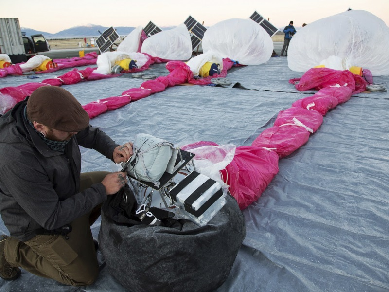 Google's Internet-Beaming Project Loon Balloons Hit Legal Snag in Sri Lanka