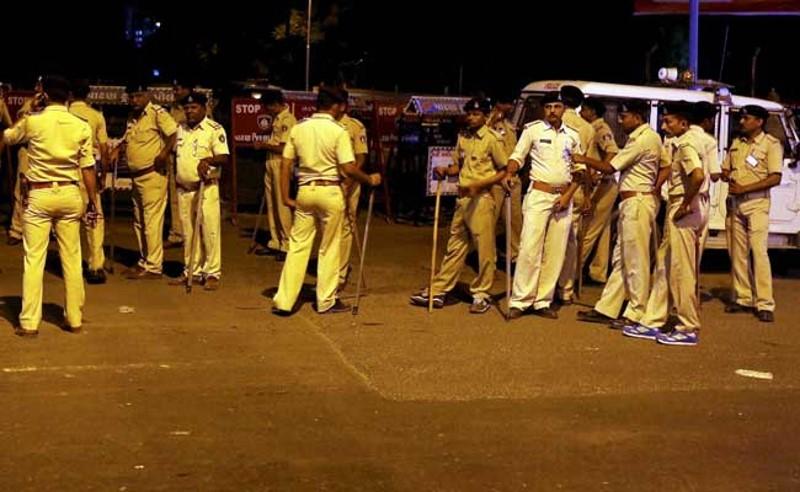 Gujarat Police Gets 'Smart' With New Devices, M-Governance