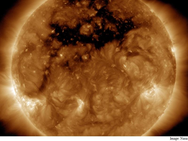 Nasa Spacecraft Spots Giant 'Coronal Hole' in Sun