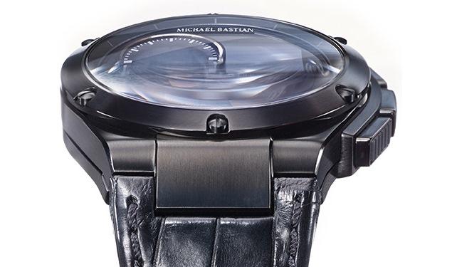 hp_gilt_mb_chronowing_smartwatch_black_official.jpg
