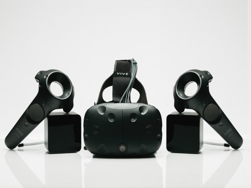 HTC Announces Vive Pre, Second Developer Edition VR Headset at CES 2016