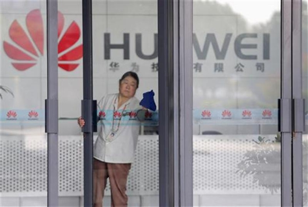 Huawei spies for China, says ex-CIA chief