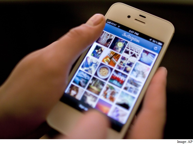 The Real Reason All the Big Social Networks Have Introduced Filtered Feeds