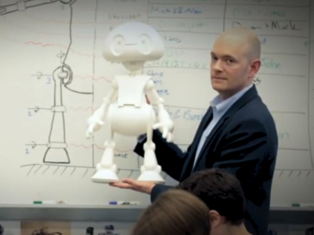 Intel Announces 3D-Printed Programmable Robot Kit for Consumers