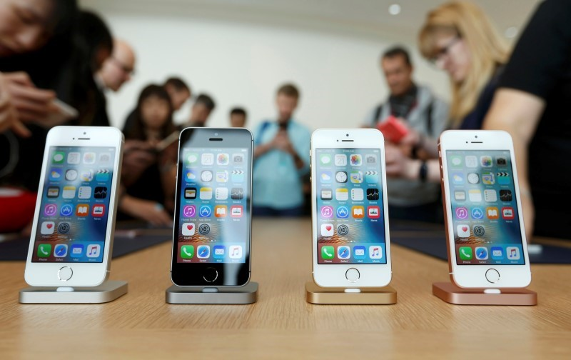 iPhone SE Faces Challenge Measuring Up In China, India