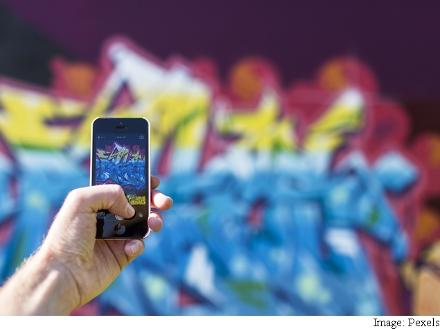 Five Ways to Make Photos Use Less Space on Your iPhone, iPad