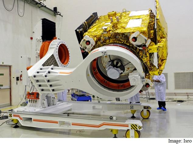 Isro's Mangalyaan Mars Orbiter Team Wins 2015 Space Pioneer Award