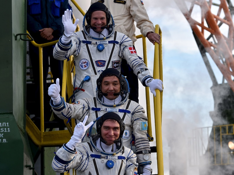 Three-Man Crew Safely Reaches International Space Station