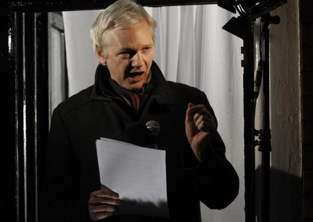 Edward Snowden not welcome in US-loyalist Britain, says Assange