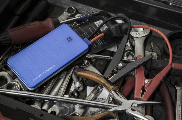 Jumpr: A smartphone power bank that can jumpstart cars