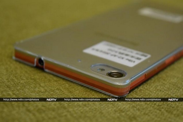 super popular 235a2 ba0a5 Lenovo Vibe X2 Review: A Tasty Confection with a Few Lumps | NDTV ...