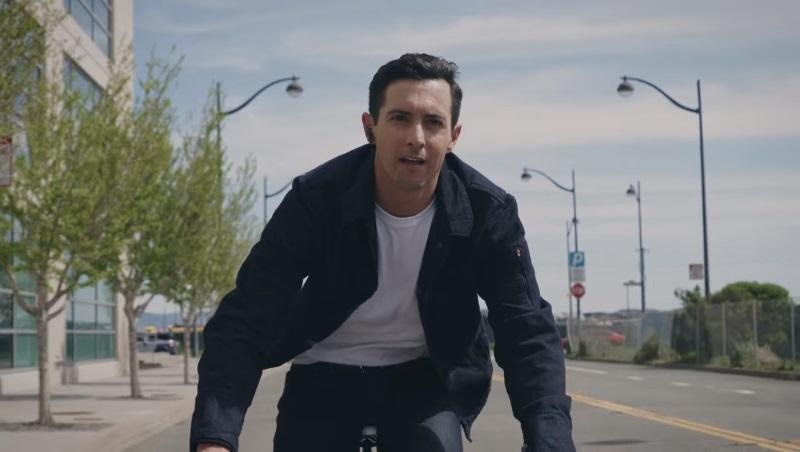 Google, Levi's Unveil Touch-Sensitive Jacket That Can Control Smartphones