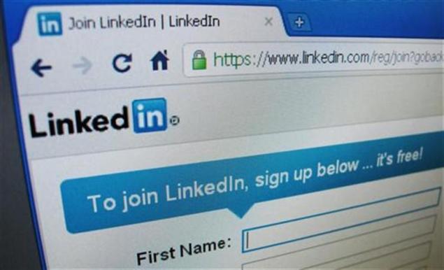 LinkedIn buys popular news app Pulse