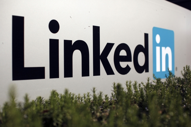 LinkedIn opens Influencer blogs to all members in bid to generate interest