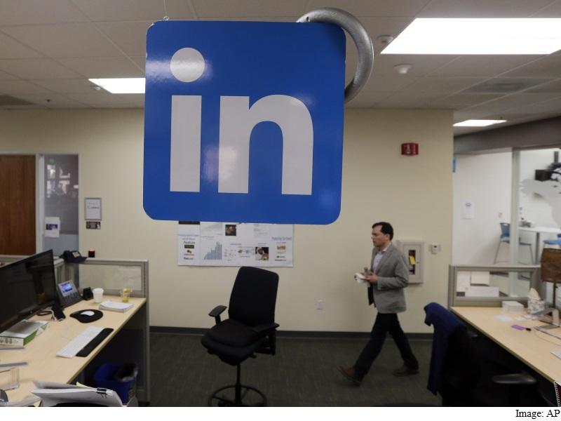 LinkedIn Profit Beats Estimates as Hiring Services, Ads Revenue Jumps