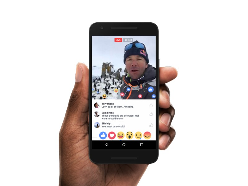 Facebook Ramps Up Live Video to Challenge Twitter's Periscope