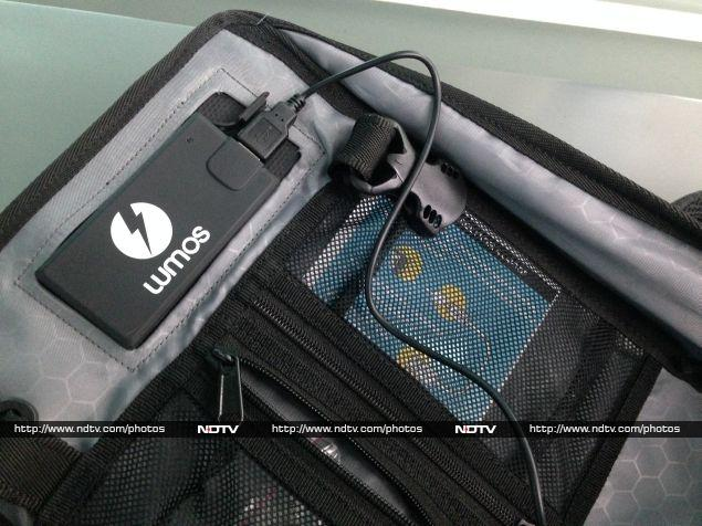 lumos_unplug_backpack_battery_charging_ndtv.jpg