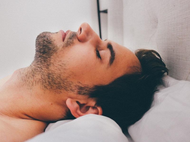 Activity Trackers May Overestimate Sleep Time: Study