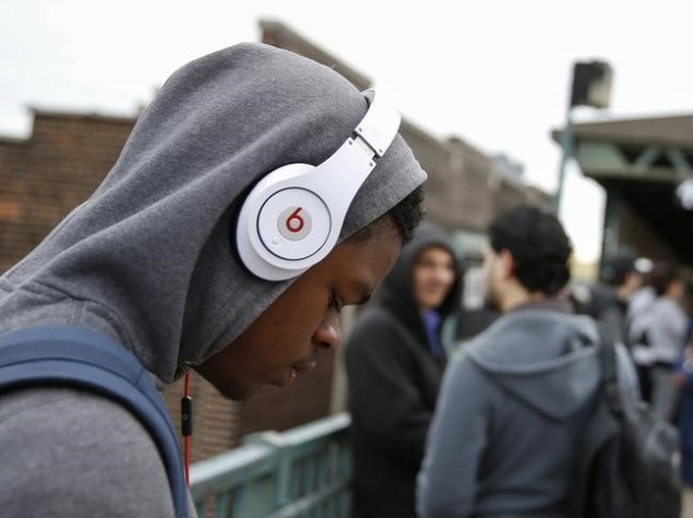 Apple Completes Acquisition of Beats Electronics and Beats Music
