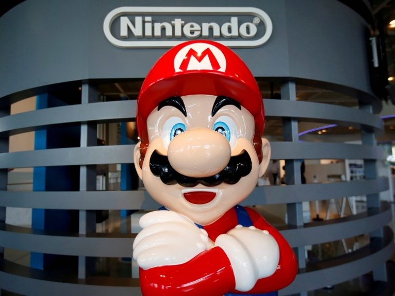 Pokemon Go Is a Hit - Is Nintendo's Super Mario Next?