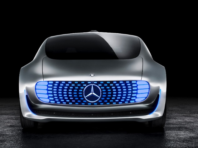 CES 2015: Mercedes-Benz's Self-Driving Car Concept Inspired by Living Room
