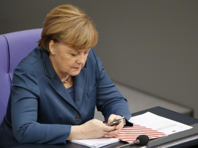 Merkel Urges Germans to Put Aside Fear of Big Data