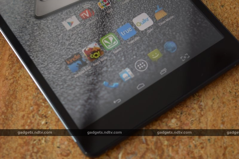 micromax_canvas_tab_p690_bottomfront_ndtv.jpg