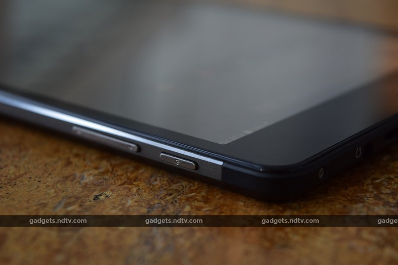 micromax_canvas_tab_p690_buttons_ndtv.jpg