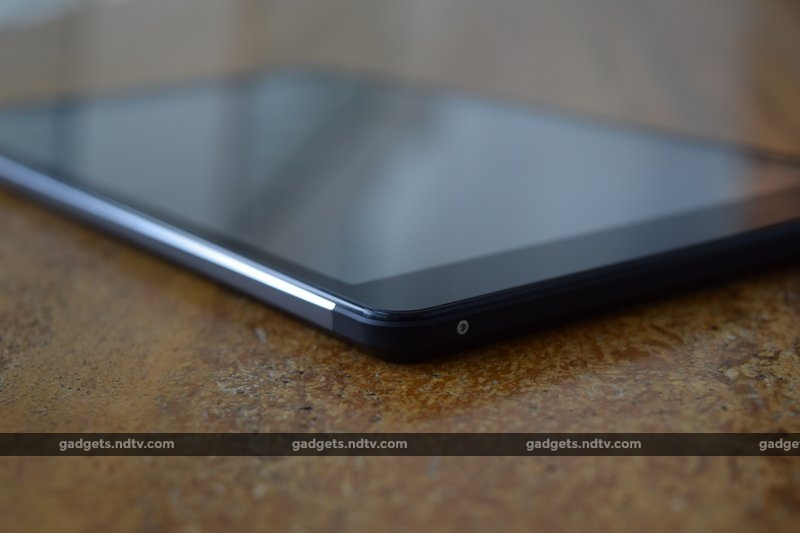 micromax_canvas_tab_p690_lowercorner_ndtv.jpg