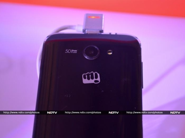 micromax_canvas_win_w092_rear_panel_ndtv.jpg