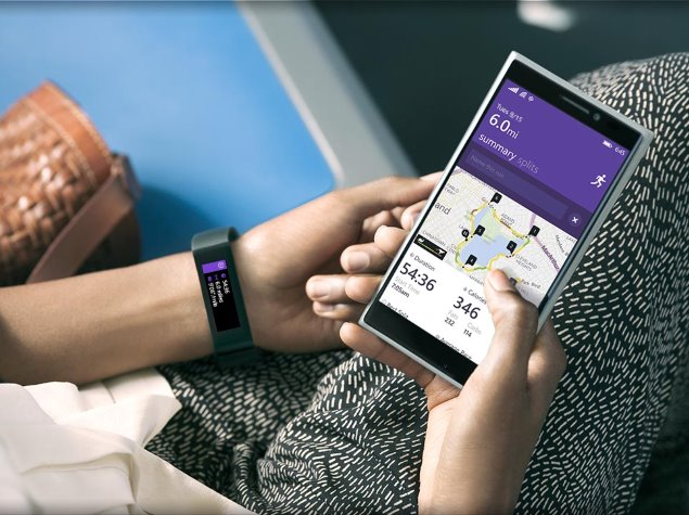 Microsoft Band Fitness Tracker and Cross-Platform Health Service Launched