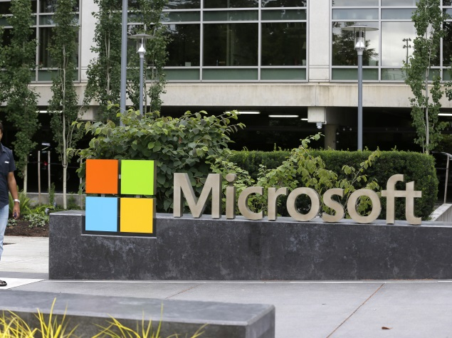 Microsoft Hires Qualcomm Executive to Expand Presence in Mobile Market