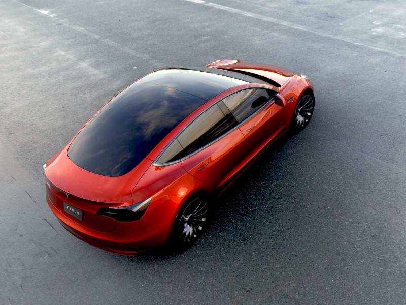 Tesla Model 3 Orders Hit 325,000