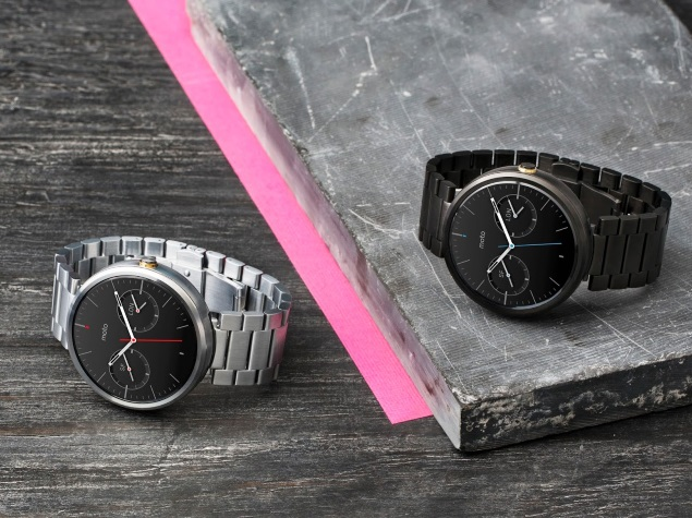 Moto 360 Smartwatch Gets New Bands, Watch Faces and Fitness Features
