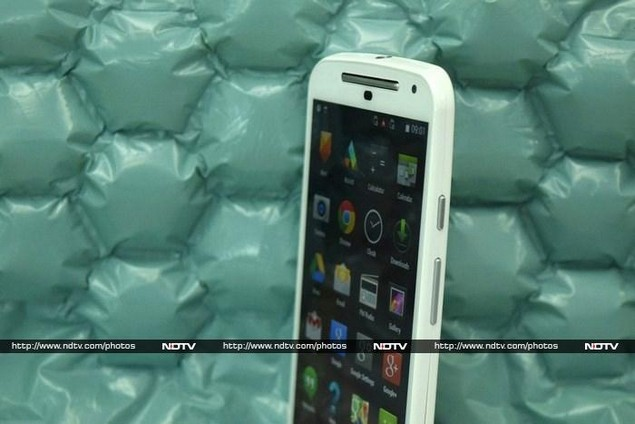 motorola_moto_g_(gen_2)_uprightangle_ndtv.jpg