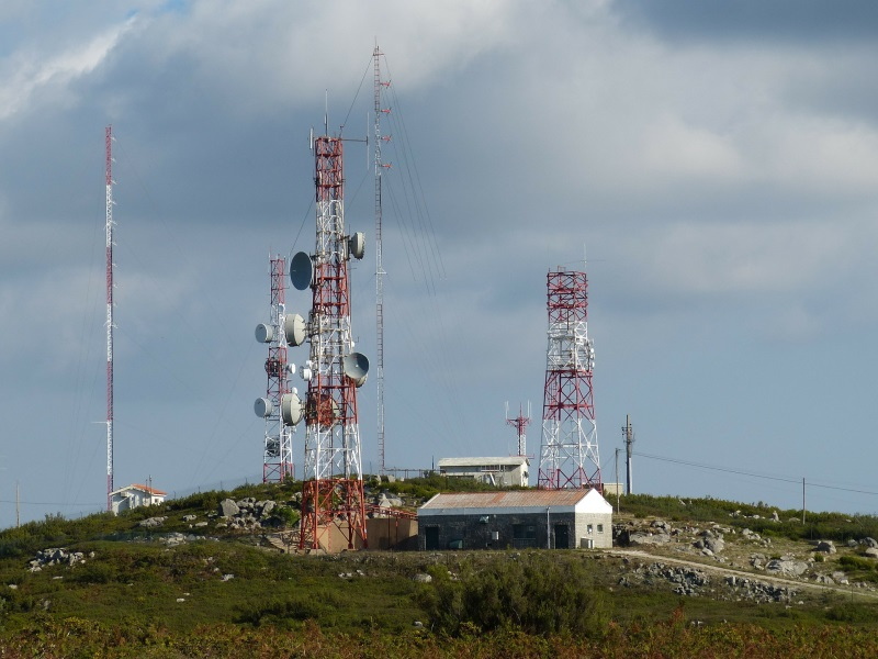 100,000 New Mobile Towers Needed To Stop Call Drops: COAI