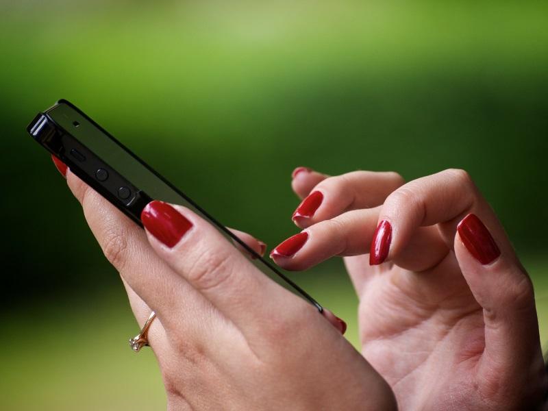Election Commission Addressing Poll Grievances via Mobile App