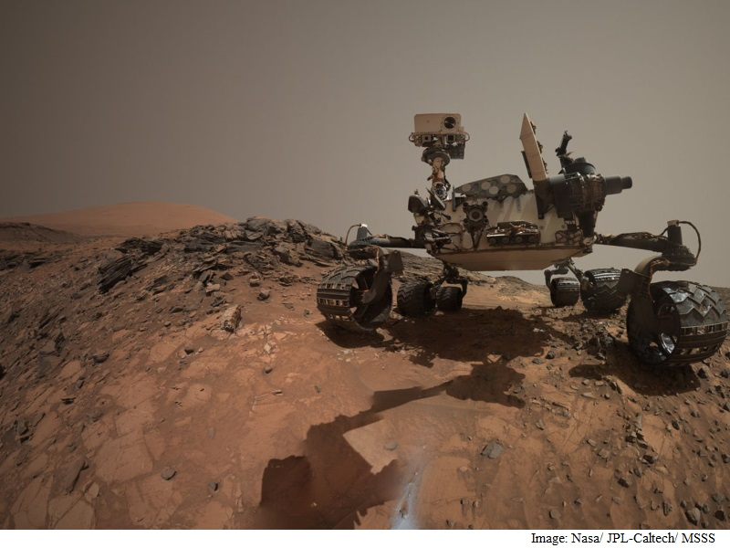 After Finding Water, Nasa's Mars Rover Scouts New Location
