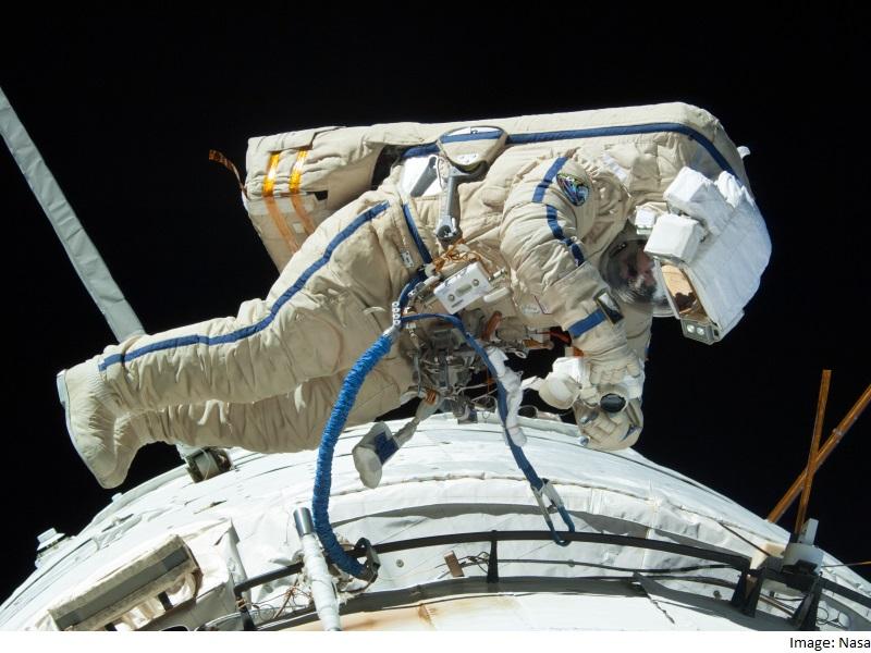 Russian Cosmonauts Wrap Up Spacewalk