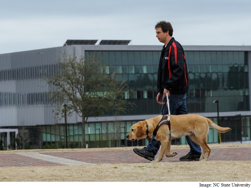 New Tracker to Monitor Health of Guide Dogs
