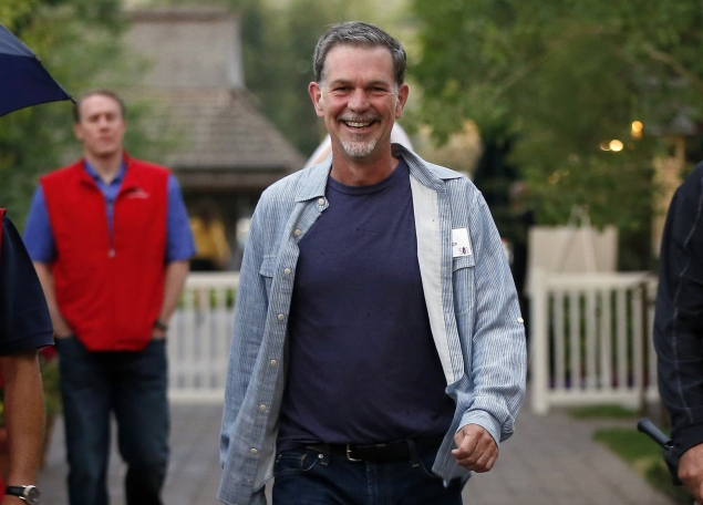 Netflix CEO Reed Hastings' annual salary to double in 2013