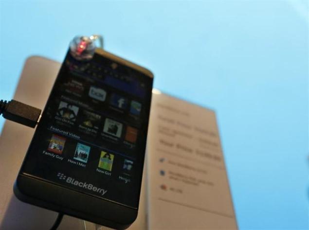 Blackberry to ask regulators to probe report on Z10 returns