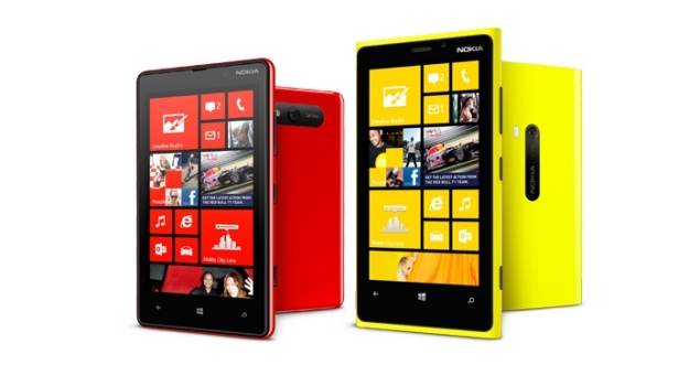 Nokia Lumia 920, Lumia 820 start shipping; coming to India November