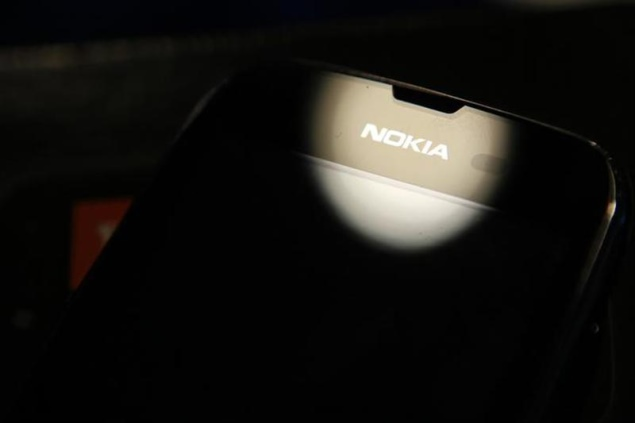 Nokia shareholders approve sale of mobile division to Microsoft