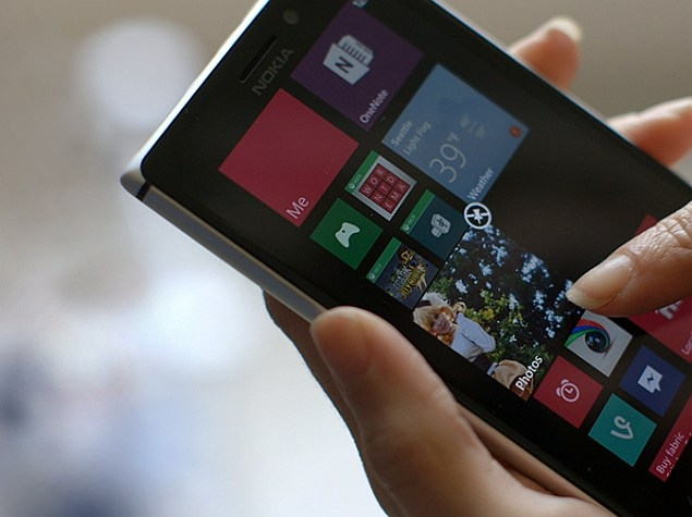 Microsoft 'McLaren' Windows Phone to Debut Kinect-Like Gestures: Report
