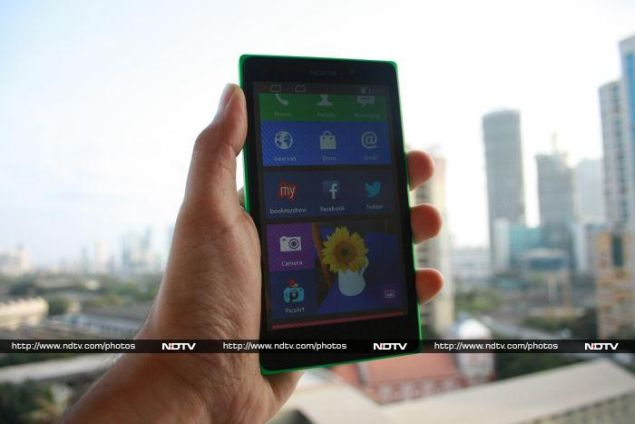Nokia XL Review: The Experiment Continues