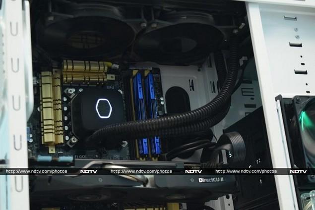 nvidia_battlebox_titan_sr_motherboard_ndtv.jpg