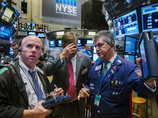 Bad Day for Geeks: Tech Disruptions Plague United Airlines, NYSE, WSJ