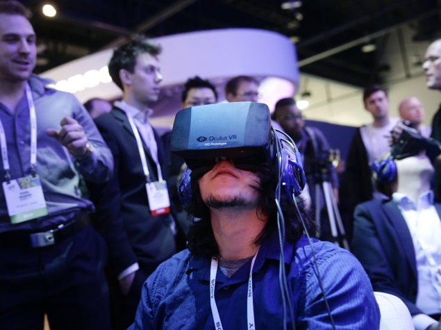 Facebook to buy virtual reality headset maker Oculus VR for $2 billion