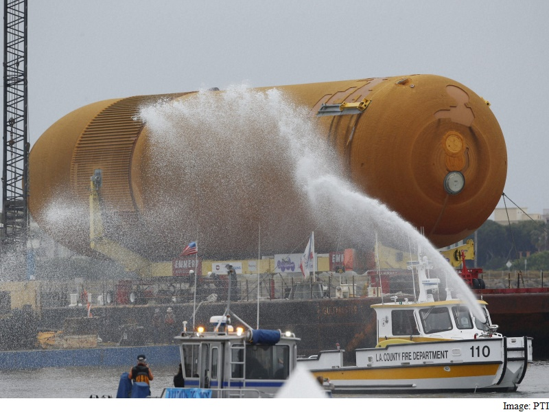'ET Comes Home' for Nasa Fuel Tank's Ride to LA Site